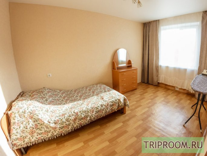 2-комнатная квартира посуточно (вариант № 32861), ул. Батурина улица, фото № 7