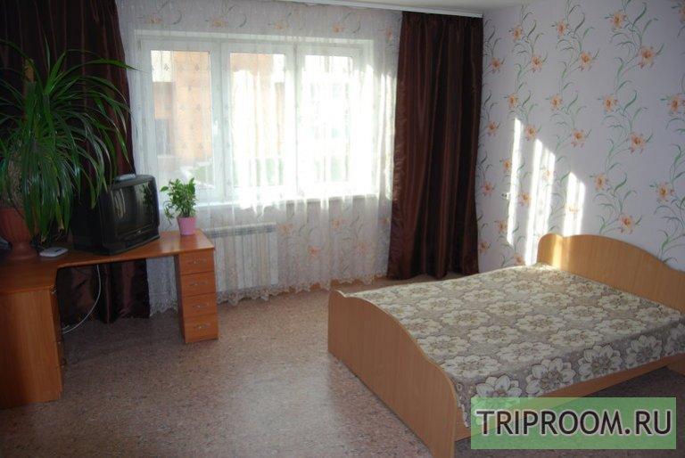 2-комнатная квартира посуточно (вариант № 47647), ул. Караульная улица, фото № 1