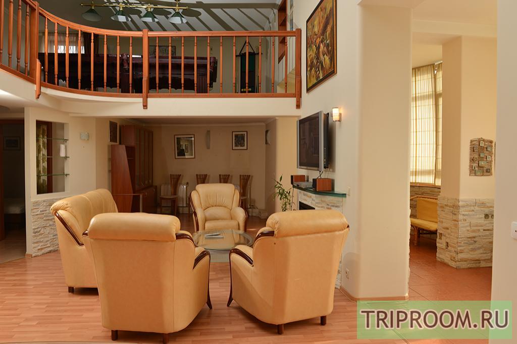 3-комнатная квартира посуточно (вариант № 11570), ул. Петропавловская улица, фото № 7