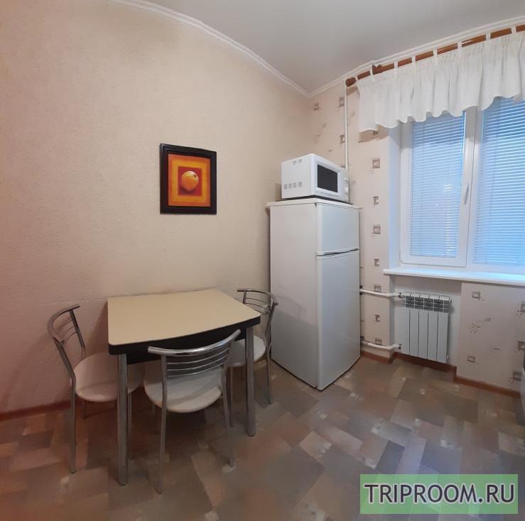 1-комнатная квартира посуточно (вариант № 1355), ул. Ефремова улица, фото № 9