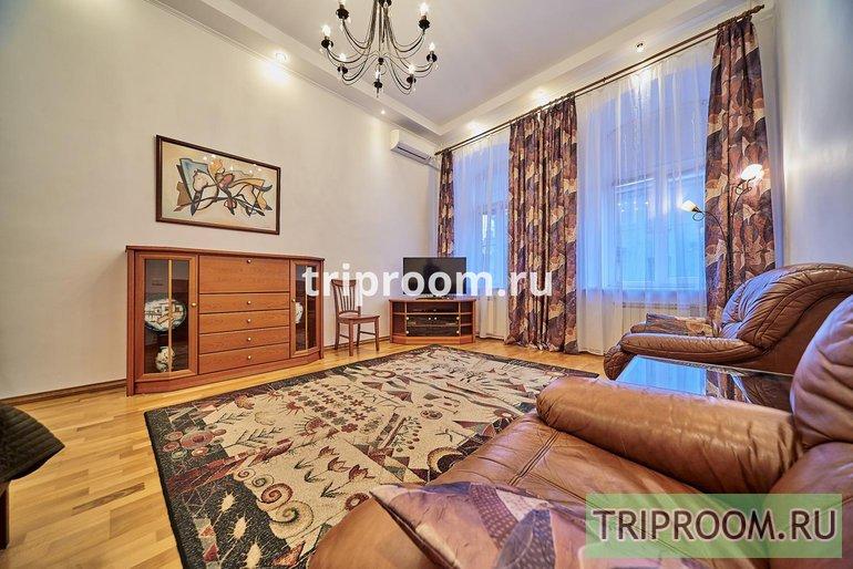 2-комнатная квартира посуточно (вариант № 15114), ул. Гончарная улица, фото № 1