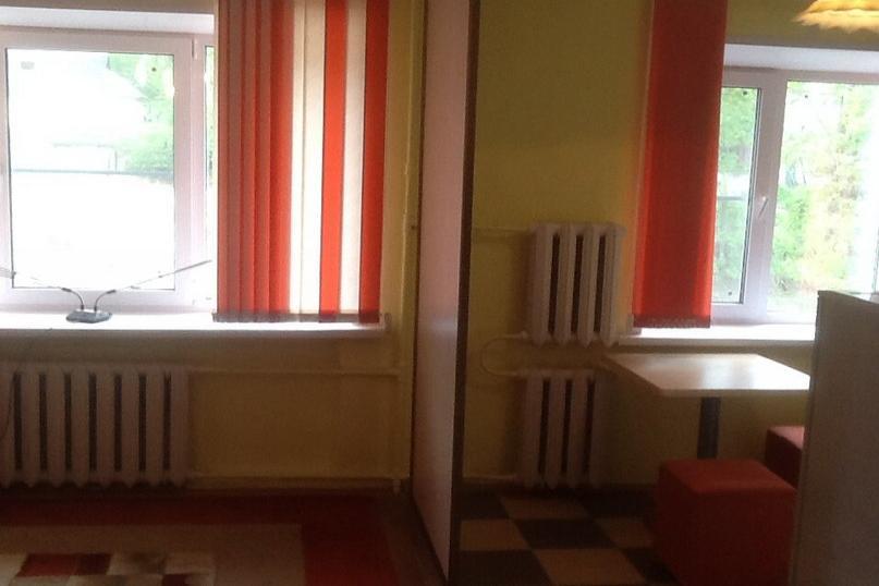2-комнатная квартира посуточно (вариант № 653), ул. ново-рословльская улица, фото № 9