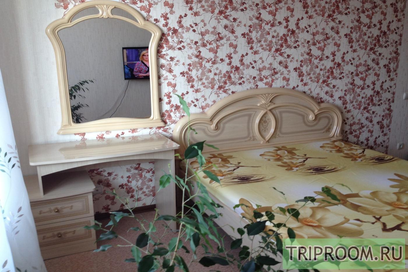 1-комнатная квартира посуточно (вариант № 20239), ул. 50-и лет Октября улица, фото № 1
