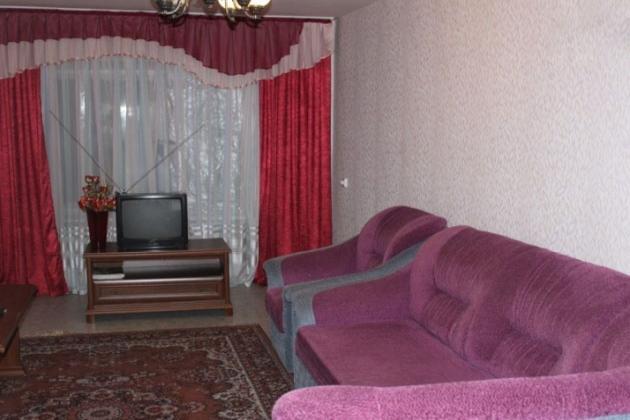 2-комнатная квартира посуточно (вариант № 3956), ул. Гончарова улица, фото № 2