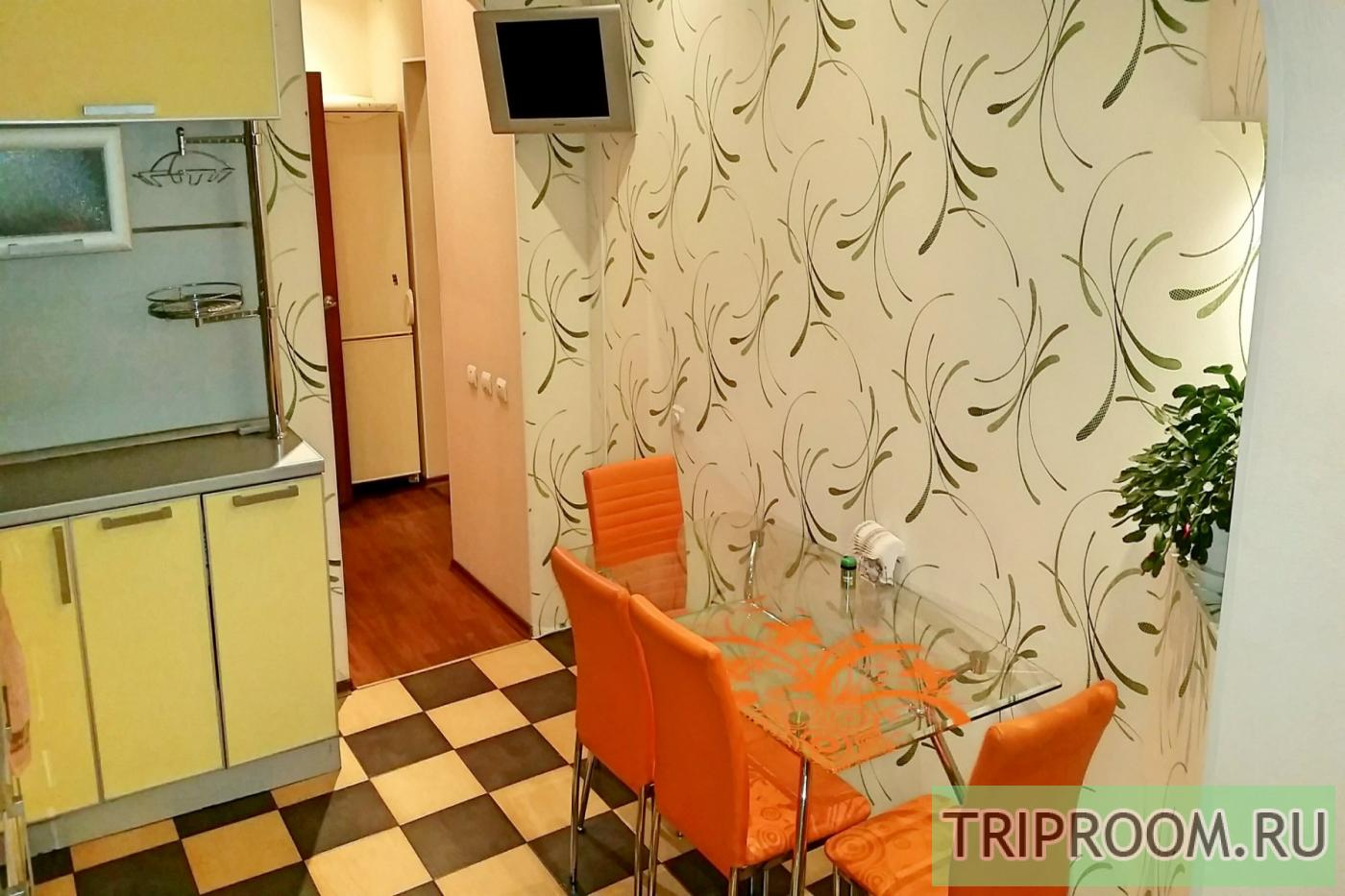 1-комнатная квартира посуточно (вариант № 18483), ул. Профсоюзов улица, фото № 2