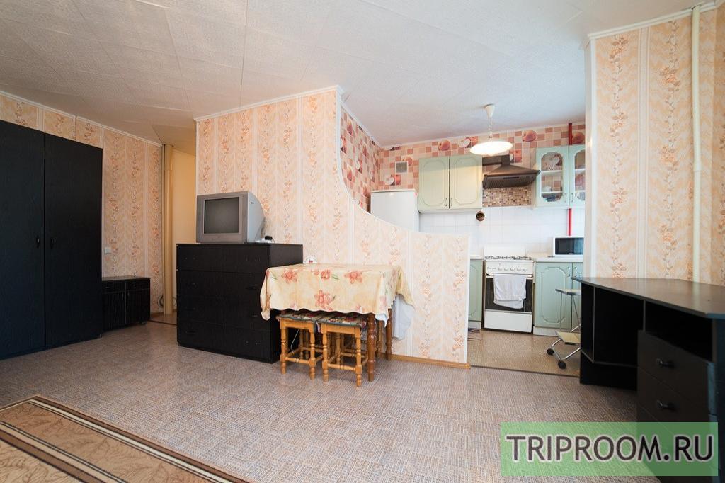 1-комнатная квартира посуточно (вариант № 11198), ул. Сони Кривой улица, фото № 5