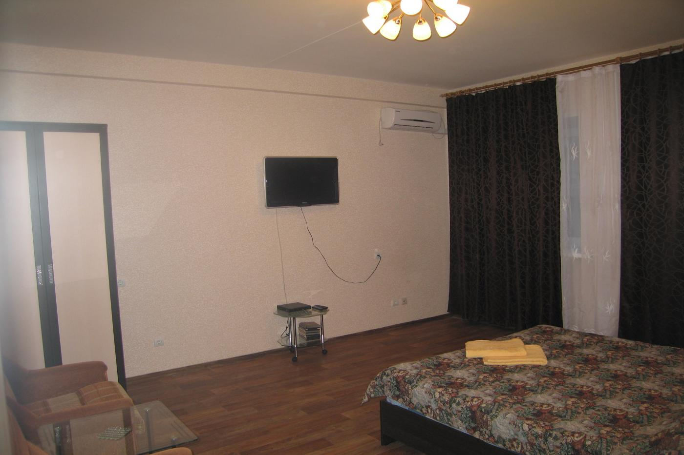 1-комнатная квартира посуточно (вариант № 2607), ул. лизюкова улица, фото № 5