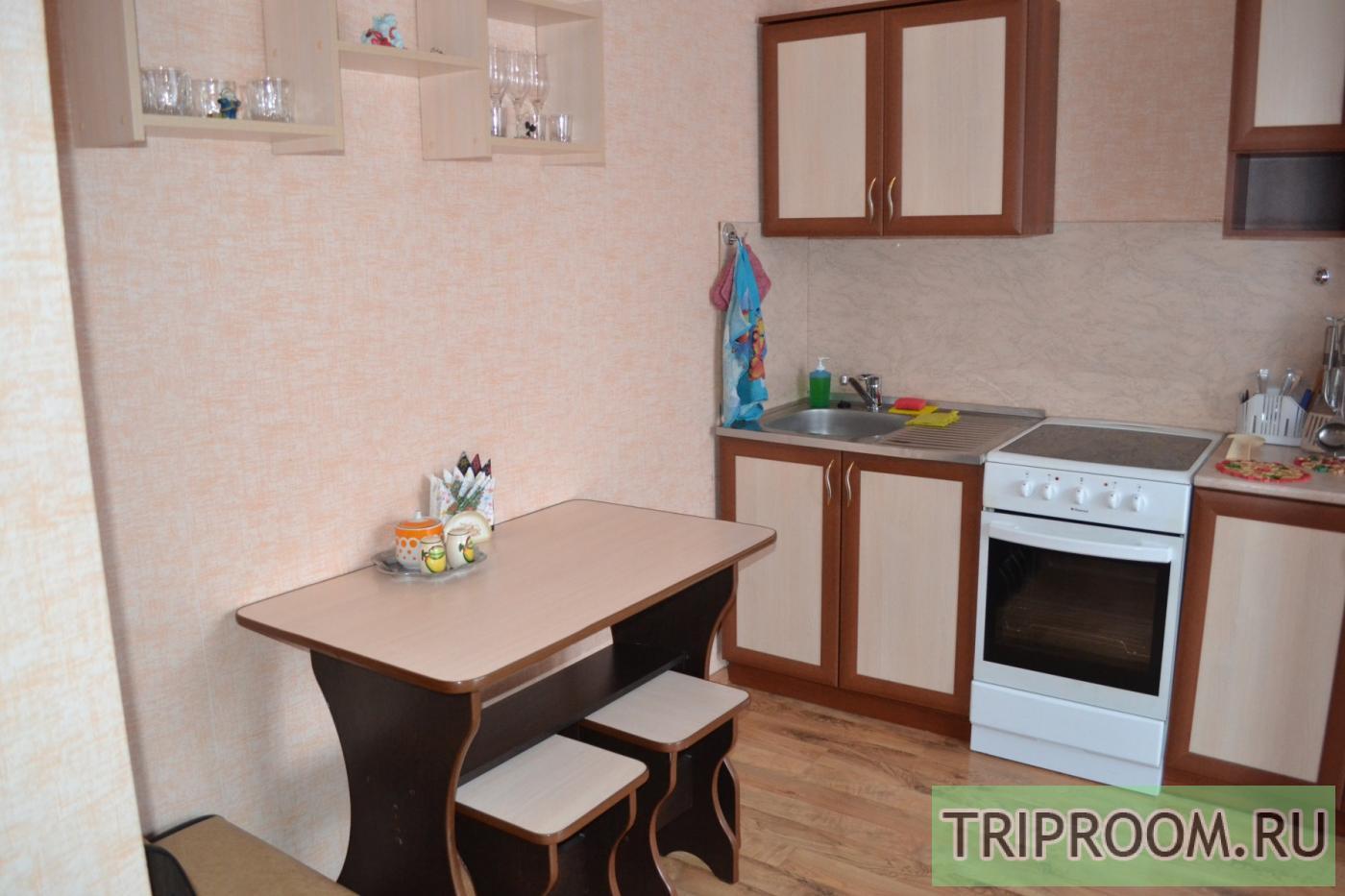 1-комнатная квартира посуточно (вариант № 10439), ул. Александра Шмакова улица, фото № 5