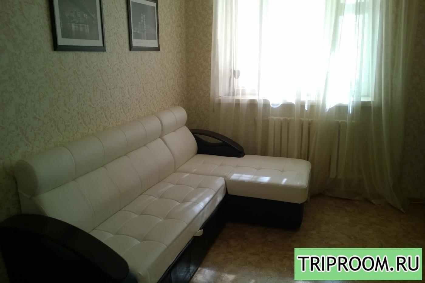 1-комнатная квартира посуточно (вариант № 6490), ул. Симонова улица, фото № 1