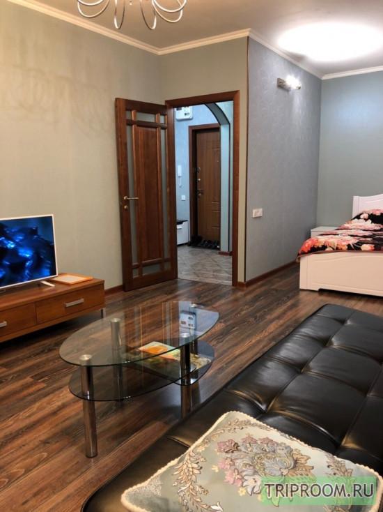1-комнатная квартира посуточно (вариант № 67180), ул. Свиридова улица, фото № 1