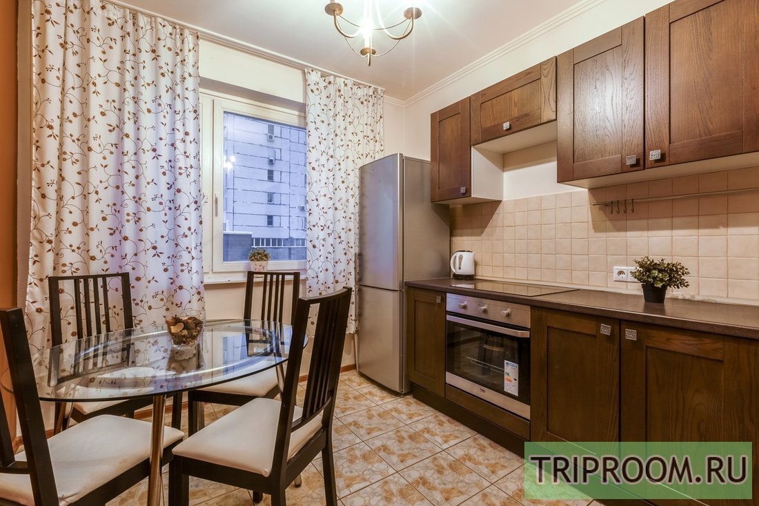 2-комнатная квартира посуточно (вариант № 61500), ул. Введенского, фото № 7