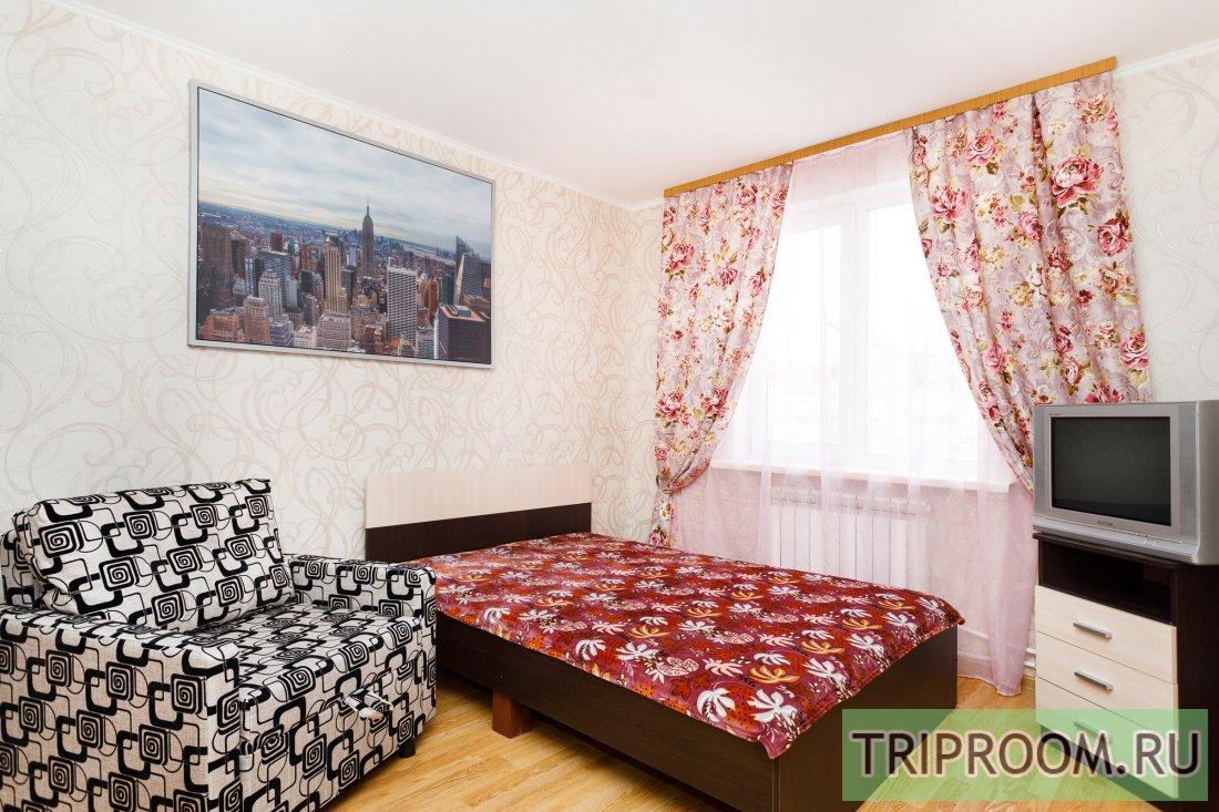 1-комнатная квартира посуточно (вариант № 53412), ул. Хохрякова улица, фото № 1