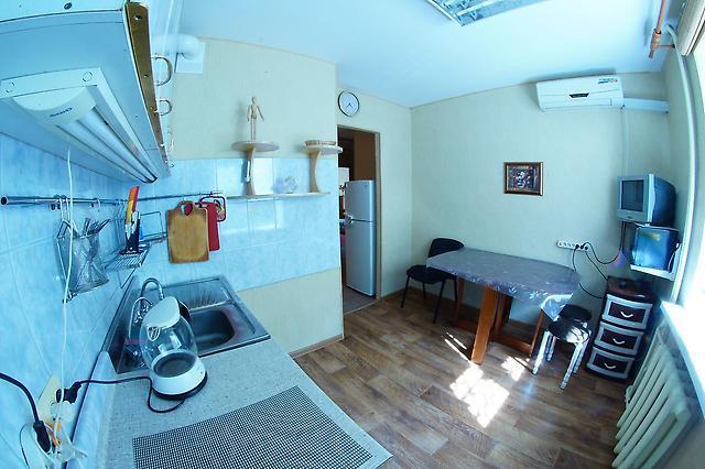 2-комнатная квартира посуточно (вариант № 2433), ул. Герасимова улица, фото № 7