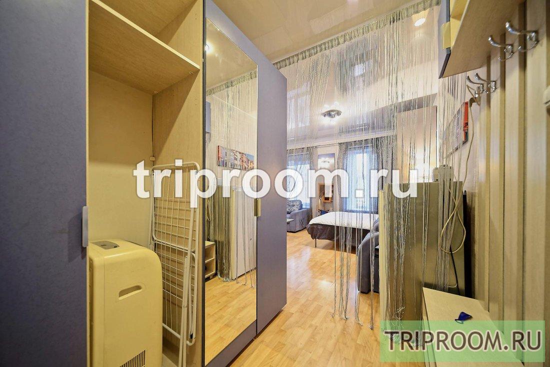 1-комнатная квартира посуточно (вариант № 15084), ул. Невский проспект, фото № 2
