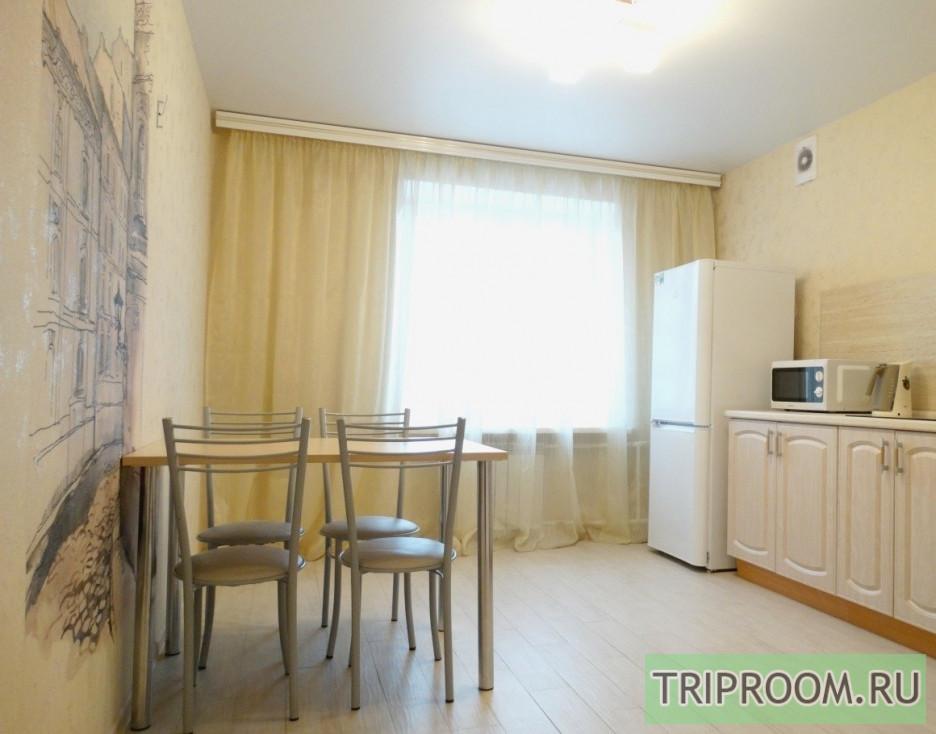 2-комнатная квартира посуточно (вариант № 70432), ул. Маршала Казакова, фото № 2