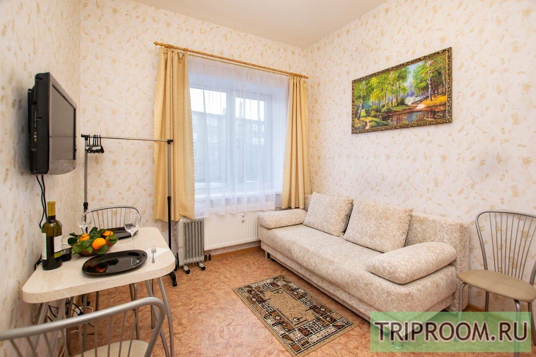1-комнатная квартира посуточно (вариант № 60013), ул. Крылова улица, фото № 1