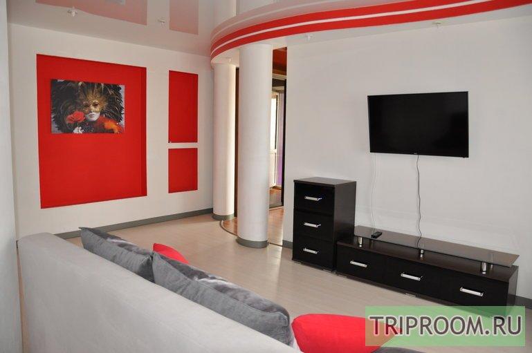 2-комнатная квартира посуточно (вариант № 42200), ул. Красноармейская улица, фото № 2