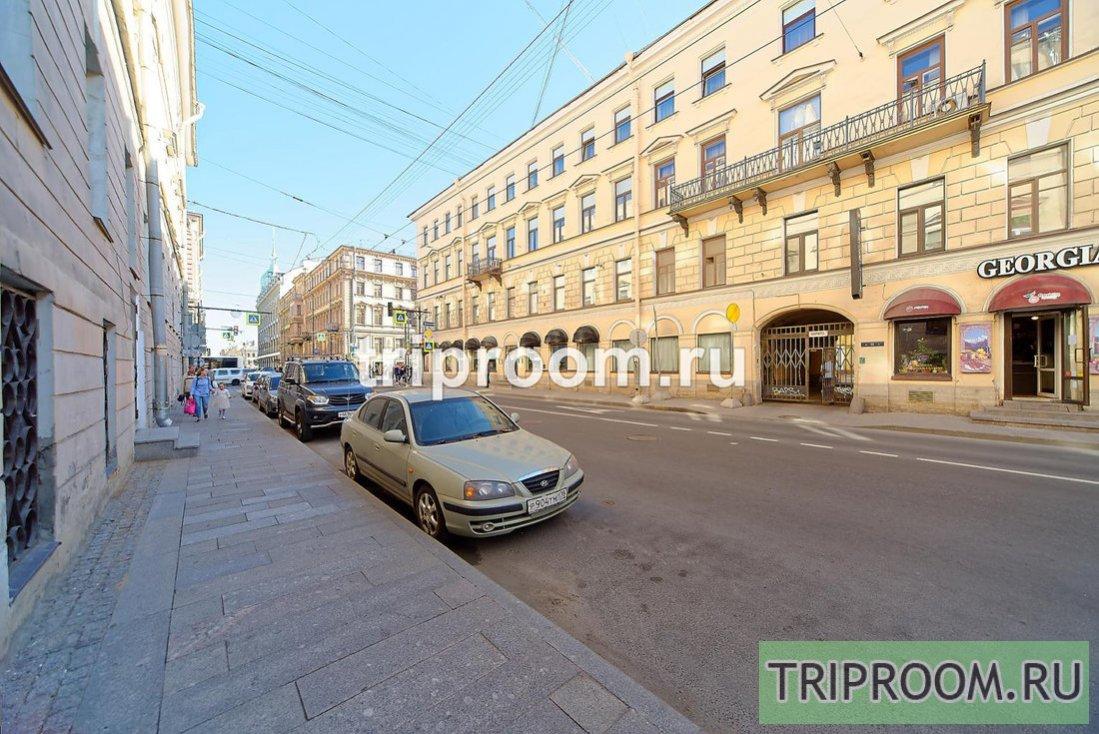 1-комнатная квартира посуточно (вариант № 54712), ул. Большая Морская улица, фото № 35