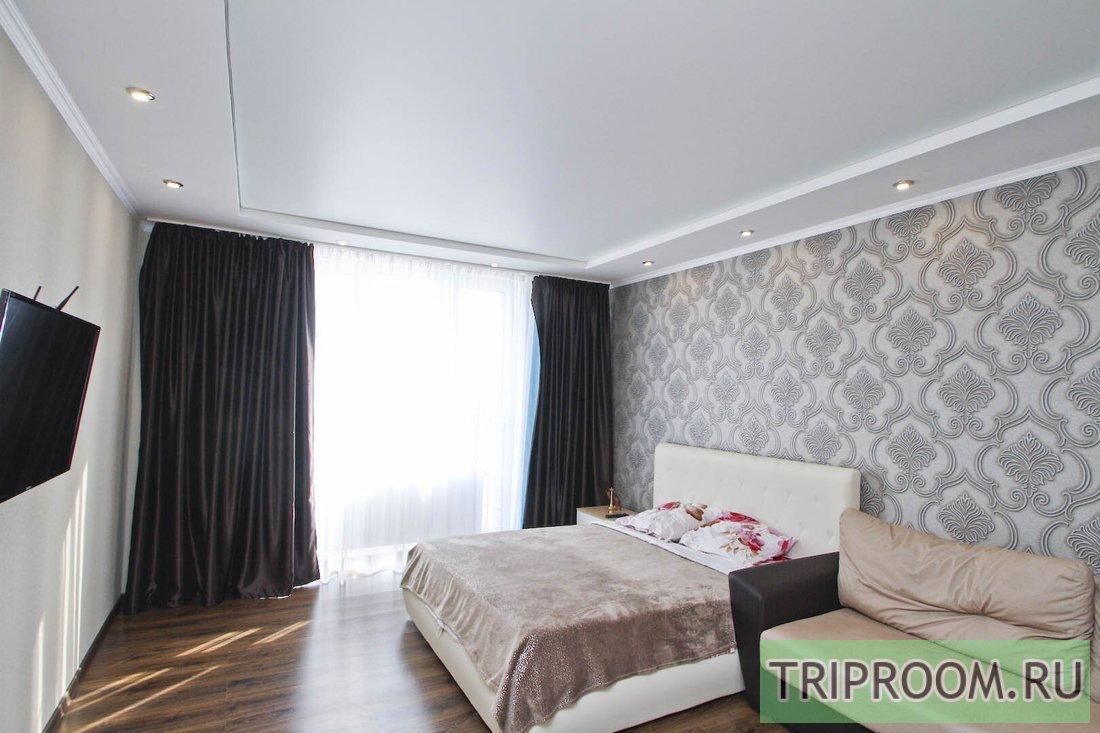 1-комнатная квартира посуточно (вариант № 53600), ул. Мелик-Карамова улица, фото № 1