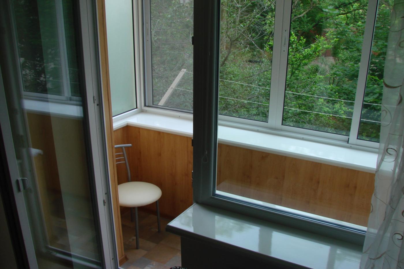 1-комнатная квартира посуточно (вариант № 1355), ул. Ефремова улица, фото № 2