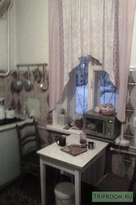 Комната в 3х-комнатной квартире посуточно (вариант № 30974), ул. Труда улица, фото № 6