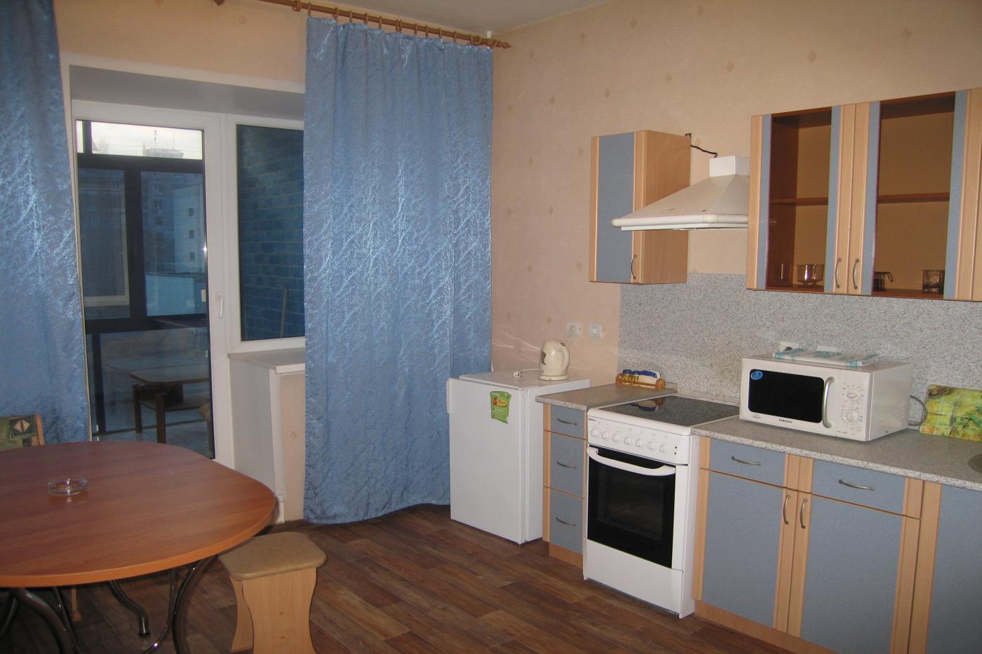 1-комнатная квартира посуточно (вариант № 2607), ул. лизюкова улица, фото № 7