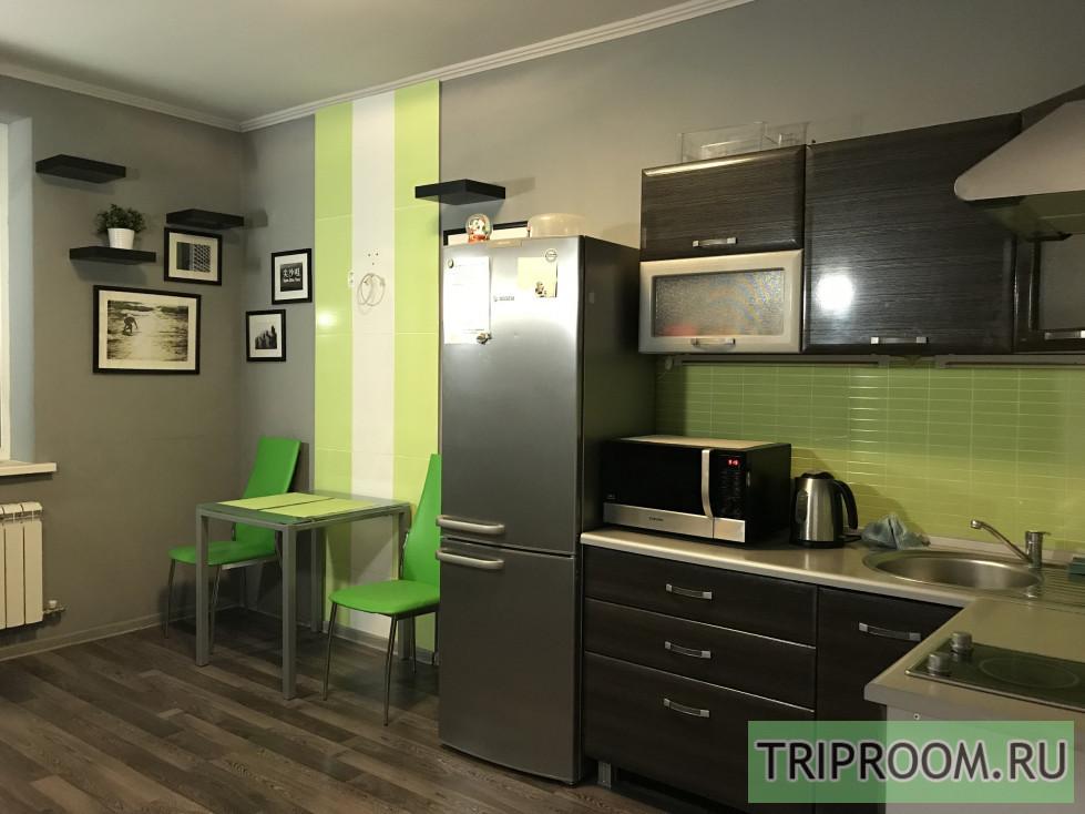 1-комнатная квартира посуточно (вариант № 28340), ул. Шоссе Космонавтов, фото № 1