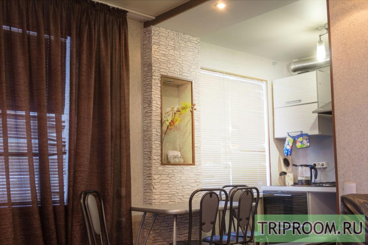 3-комнатная квартира посуточно (вариант № 2323), ул. Козловская улица, фото № 1