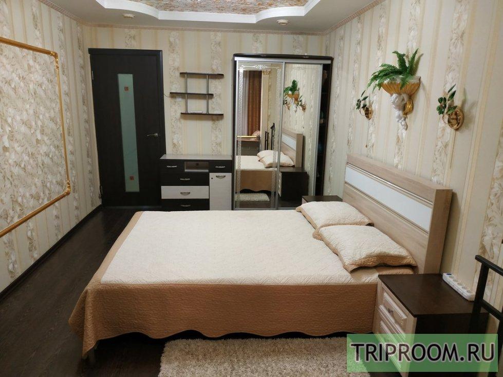 1-комнатная квартира посуточно (вариант № 1071), ул. Октябрьскойреволюции проспект, фото № 1
