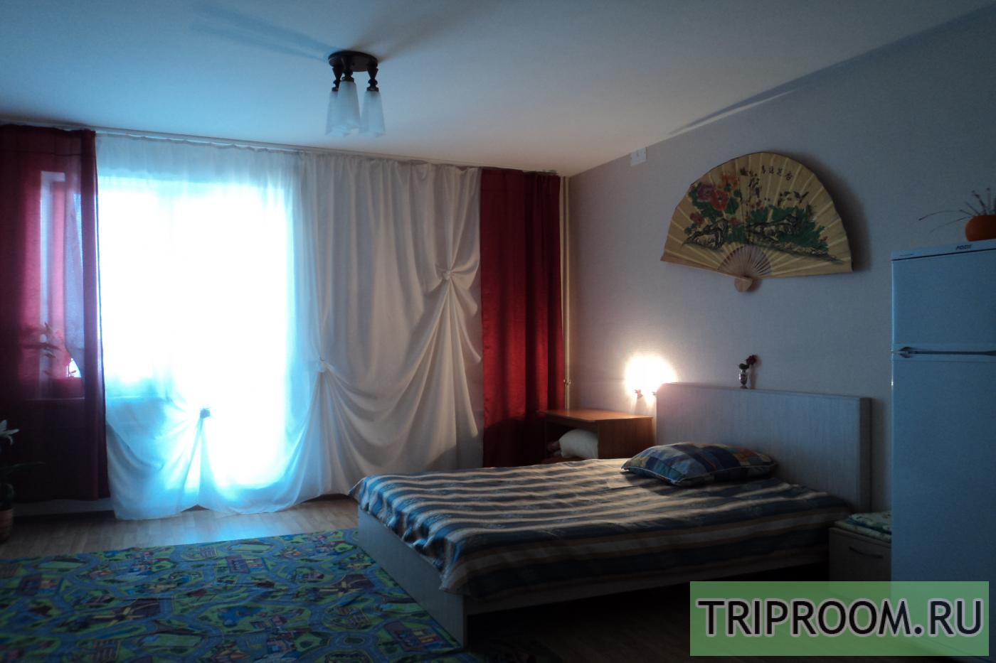 1-комнатная квартира посуточно (вариант № 8988), ул. Братьев Кашириных улица, фото № 3