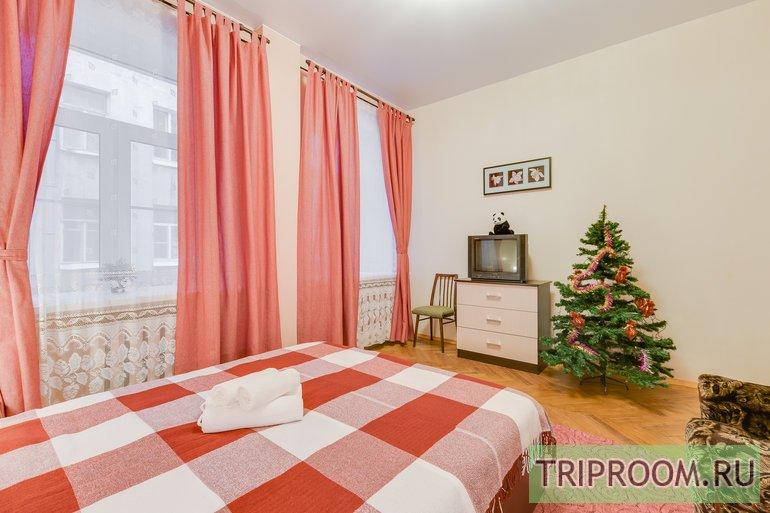 2-комнатная квартира посуточно (вариант № 44246), ул. Яблочкова улица, фото № 5