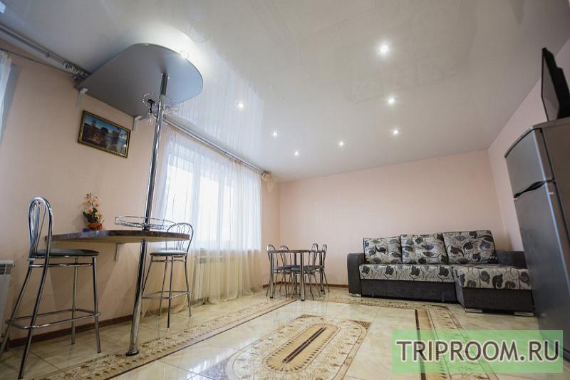 3-комнатная квартира посуточно (вариант № 10312), ул. Николаева улица, фото № 2