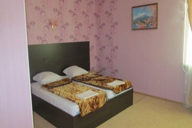 2-комнатная квартира посуточно (вариант № 3955), ул. Ленинского Комсомола проспект, фото № 3