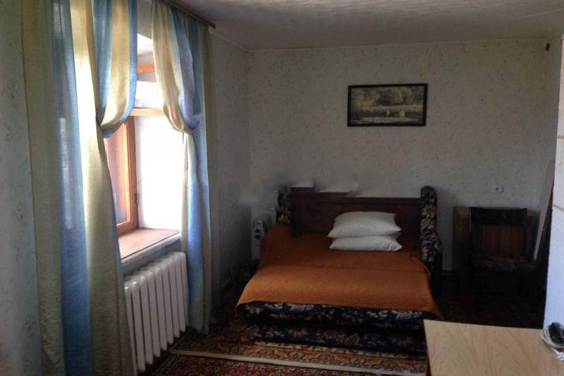 1-комнатная квартира посуточно (вариант № 498), ул. 40 лет октября улица, фото № 2