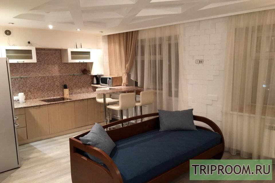 1-комнатная квартира посуточно (вариант № 18481), ул. Игоря Киртбая улица, фото № 2