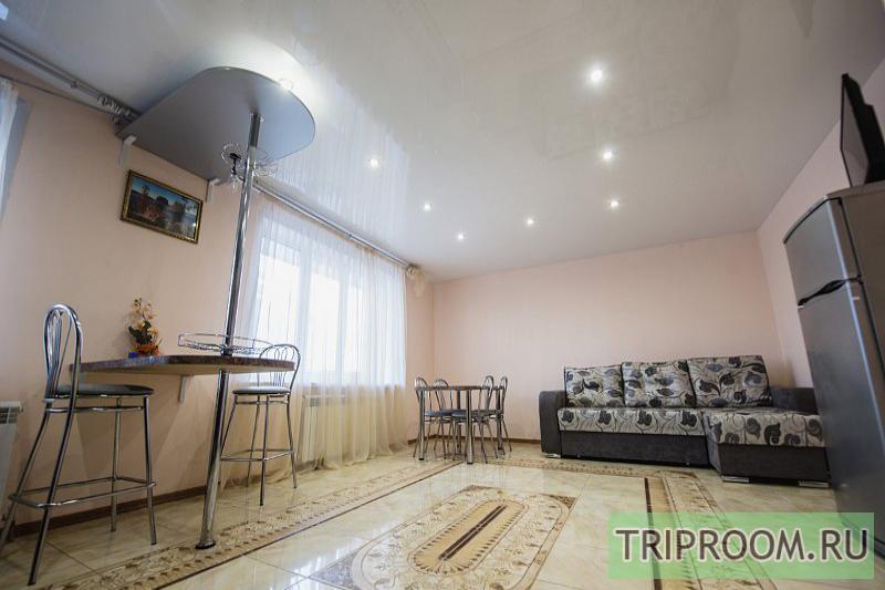 3-комнатная квартира посуточно (вариант № 10312), ул. Николаева улица, фото № 11