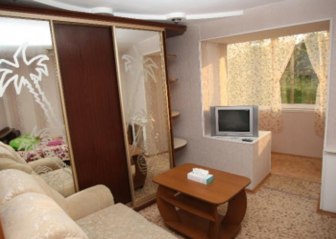 3-комнатная квартира посуточно (вариант № 171), ул. Калинина улица, фото № 4