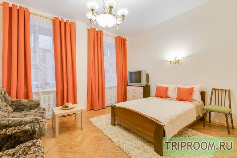 2-комнатная квартира посуточно (вариант № 44246), ул. Яблочкова улица, фото № 8