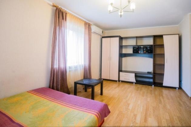 1-комнатная квартира посуточно (вариант № 3700), ул. Мичурина улица, фото № 5