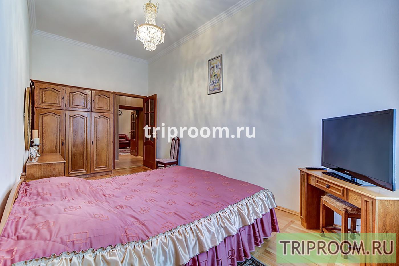 4-комнатная квартира посуточно (вариант № 20160), ул. Реки Мойки набережная, фото № 12