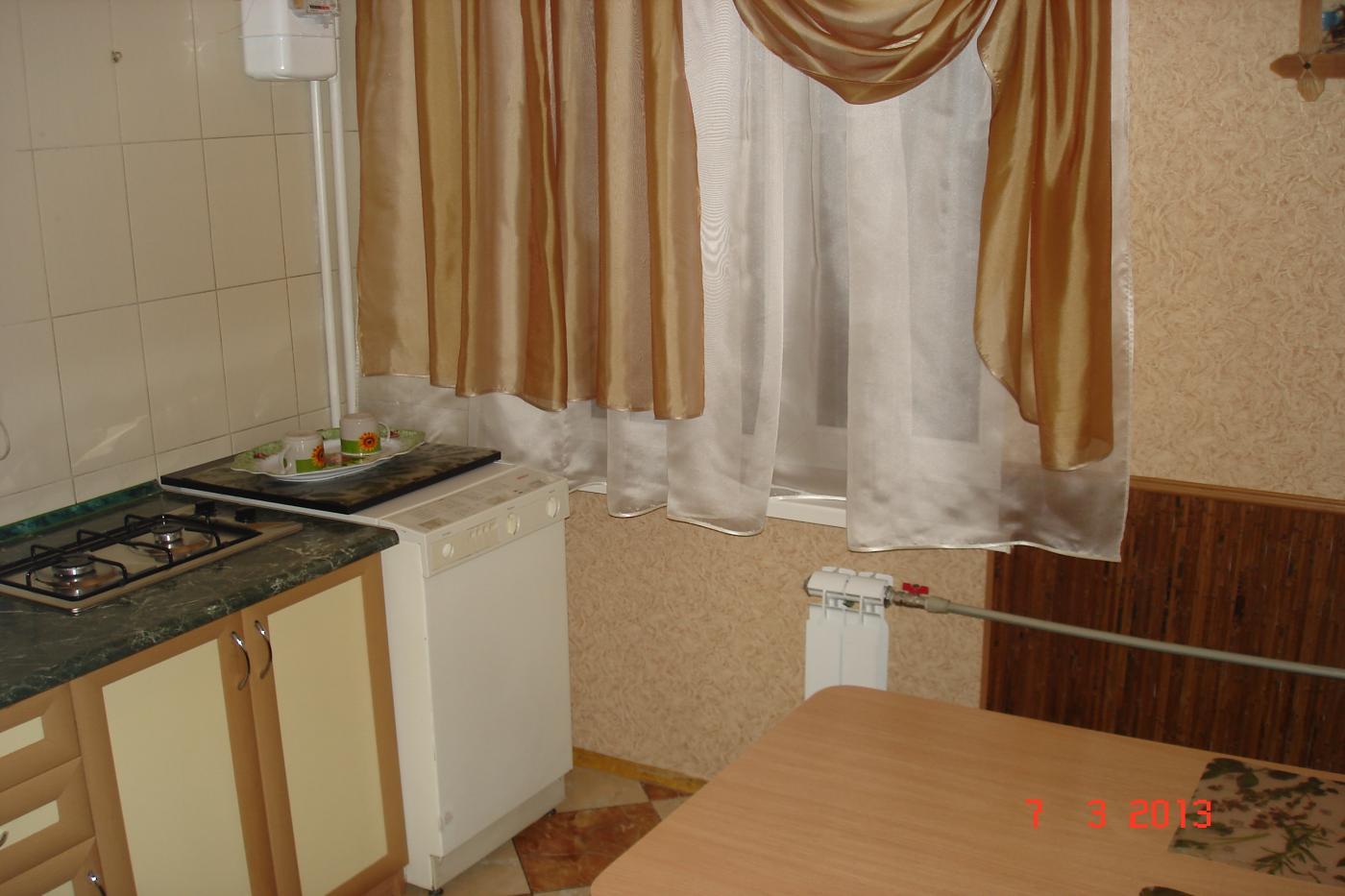 2-комнатная квартира посуточно (вариант № 1714), ул. Гоголя улица, фото № 2