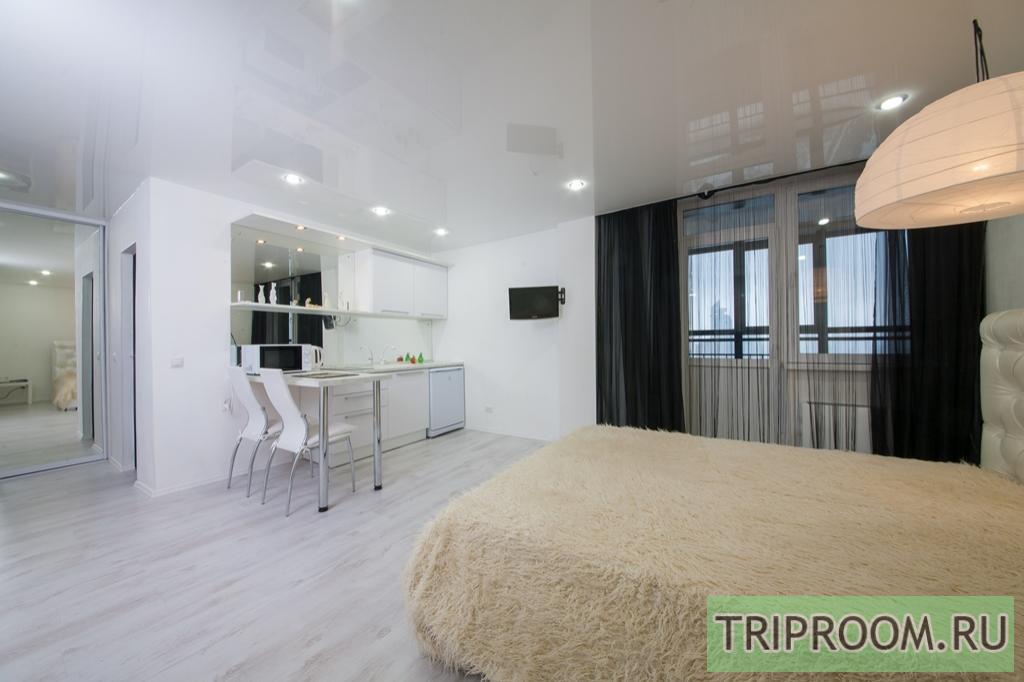 1-комнатная квартира посуточно (вариант № 7026), ул. Авиаторов улица, фото № 3