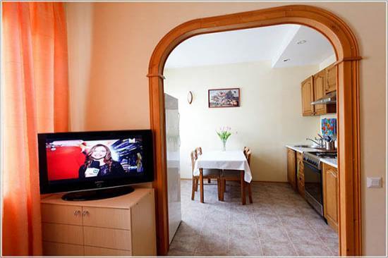 2-комнатная квартира посуточно (вариант № 2733), ул. Большой проспект, фото № 3