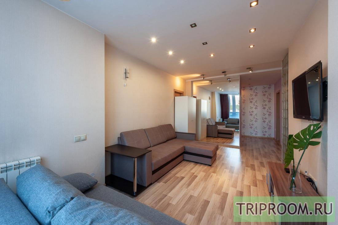 2-комнатная квартира посуточно (вариант № 67499), ул. Бажова улица, фото № 5