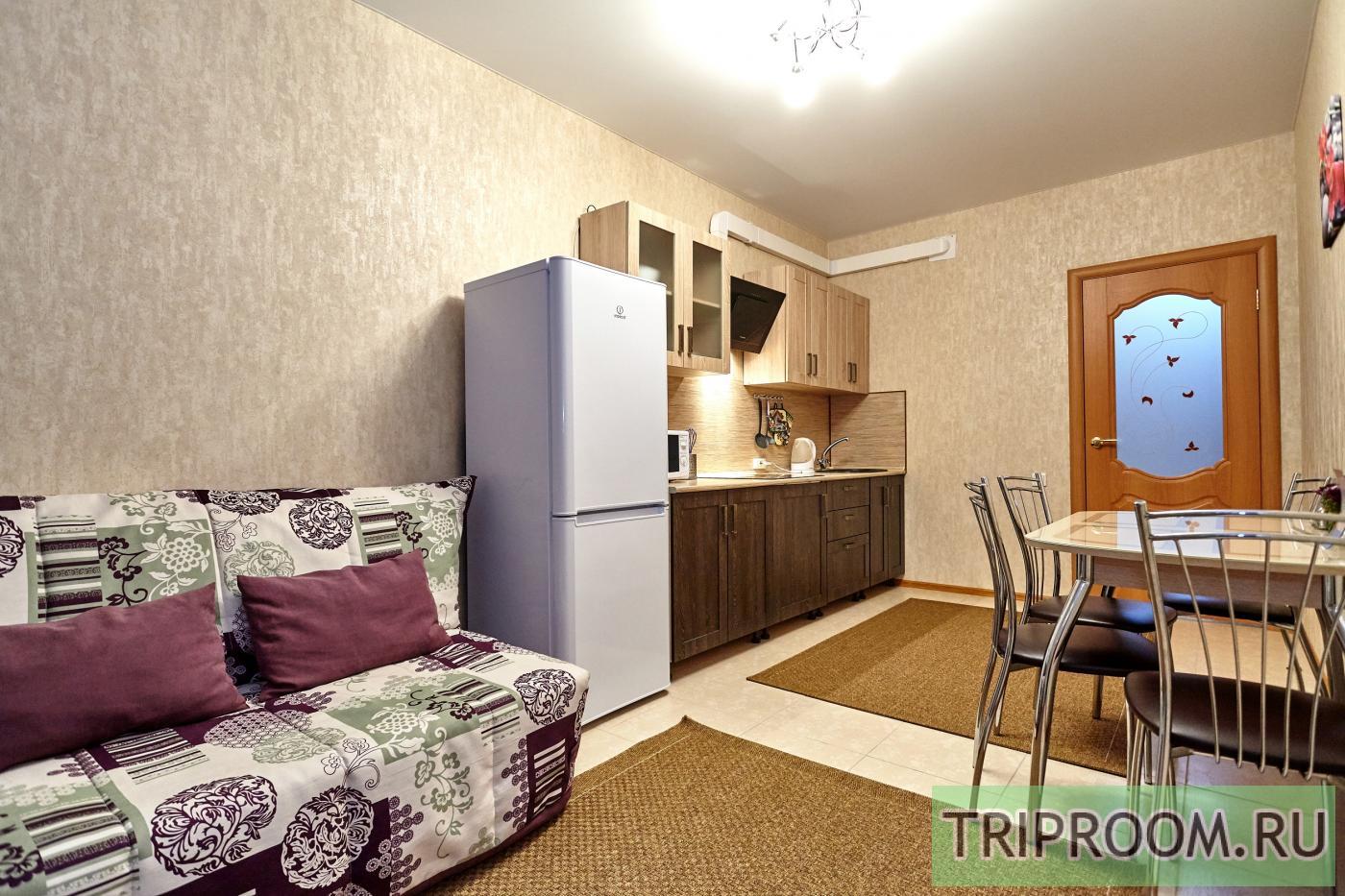 1-комнатная квартира посуточно (вариант № 6860), ул. Соколова улица, фото № 8