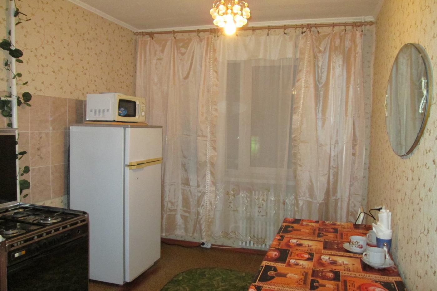 1-комнатная квартира посуточно (вариант № 1935), ул. 8-й Воздушной Армии улица, фото № 2