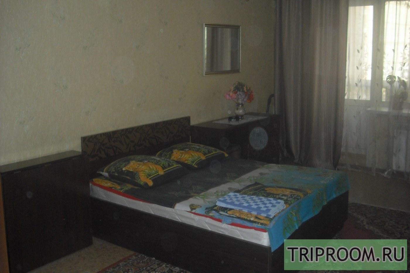 1-комнатная квартира посуточно (вариант № 39359), ул. Ивана Черных улица, фото № 1