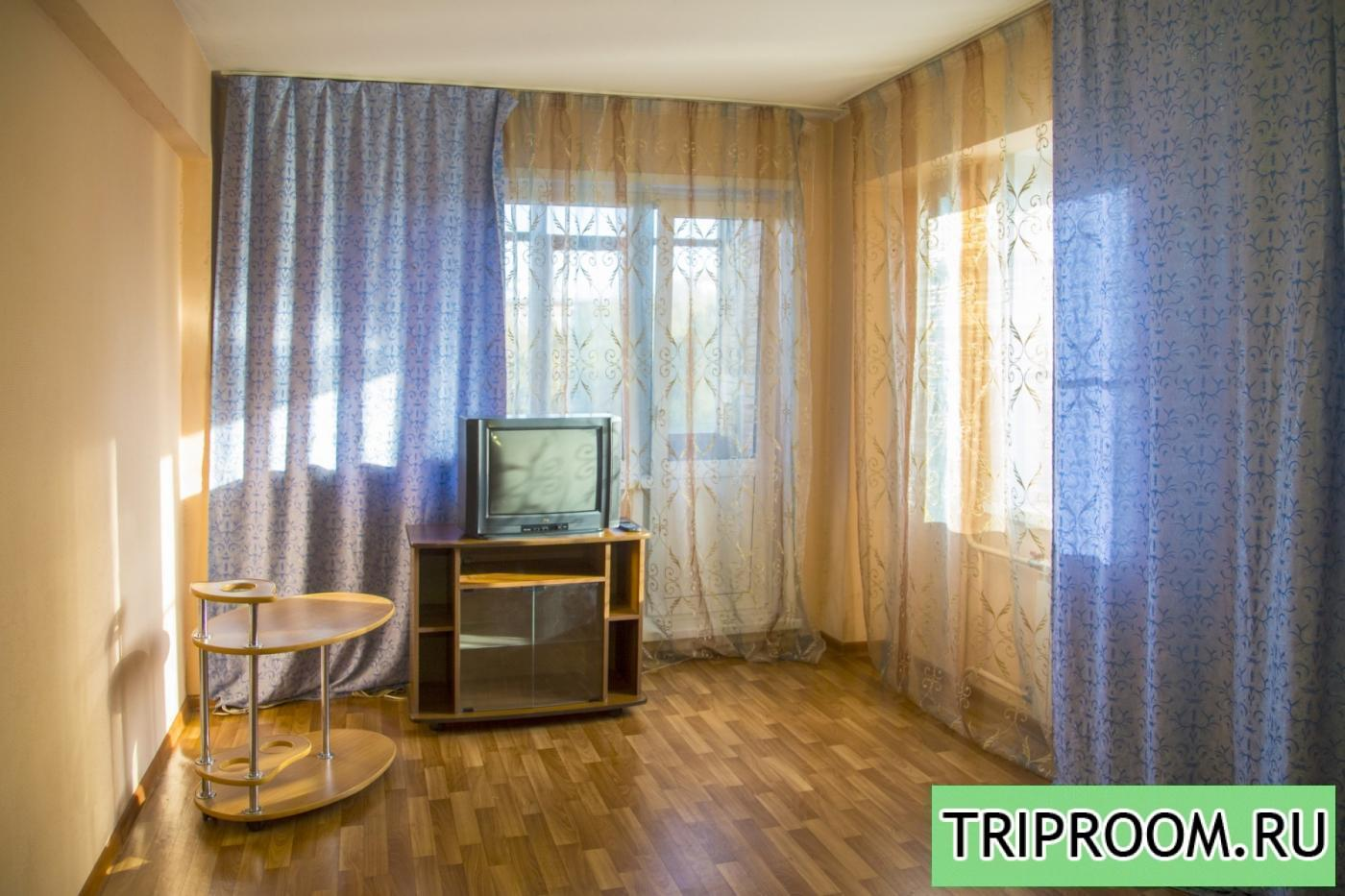 1-комнатная квартира посуточно (вариант № 6615), ул. Александра Матросова улица, фото № 1