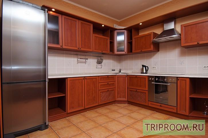 2-комнатная квартира посуточно (вариант № 215), ул. Братьев Кашириных улица, фото № 3