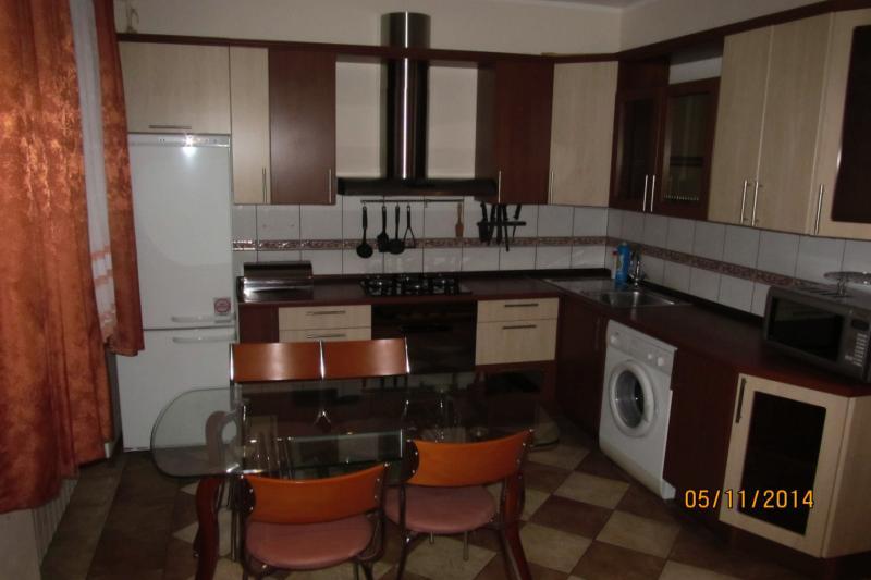 2-комнатная квартира посуточно (вариант № 437), ул. Коммунистическая улица, фото № 4